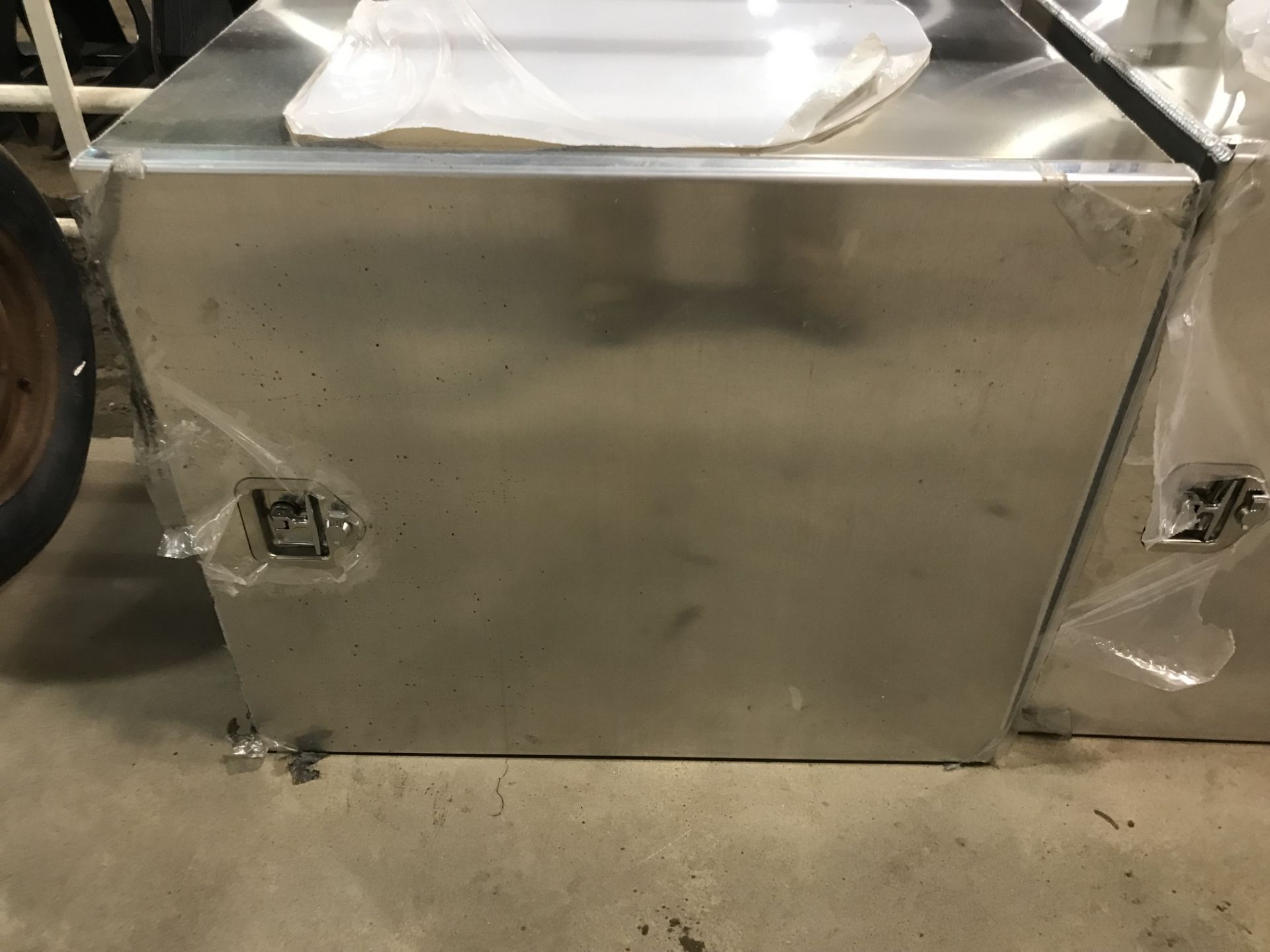 Lot 1H - Aluiminum Truck Tool Box (new)