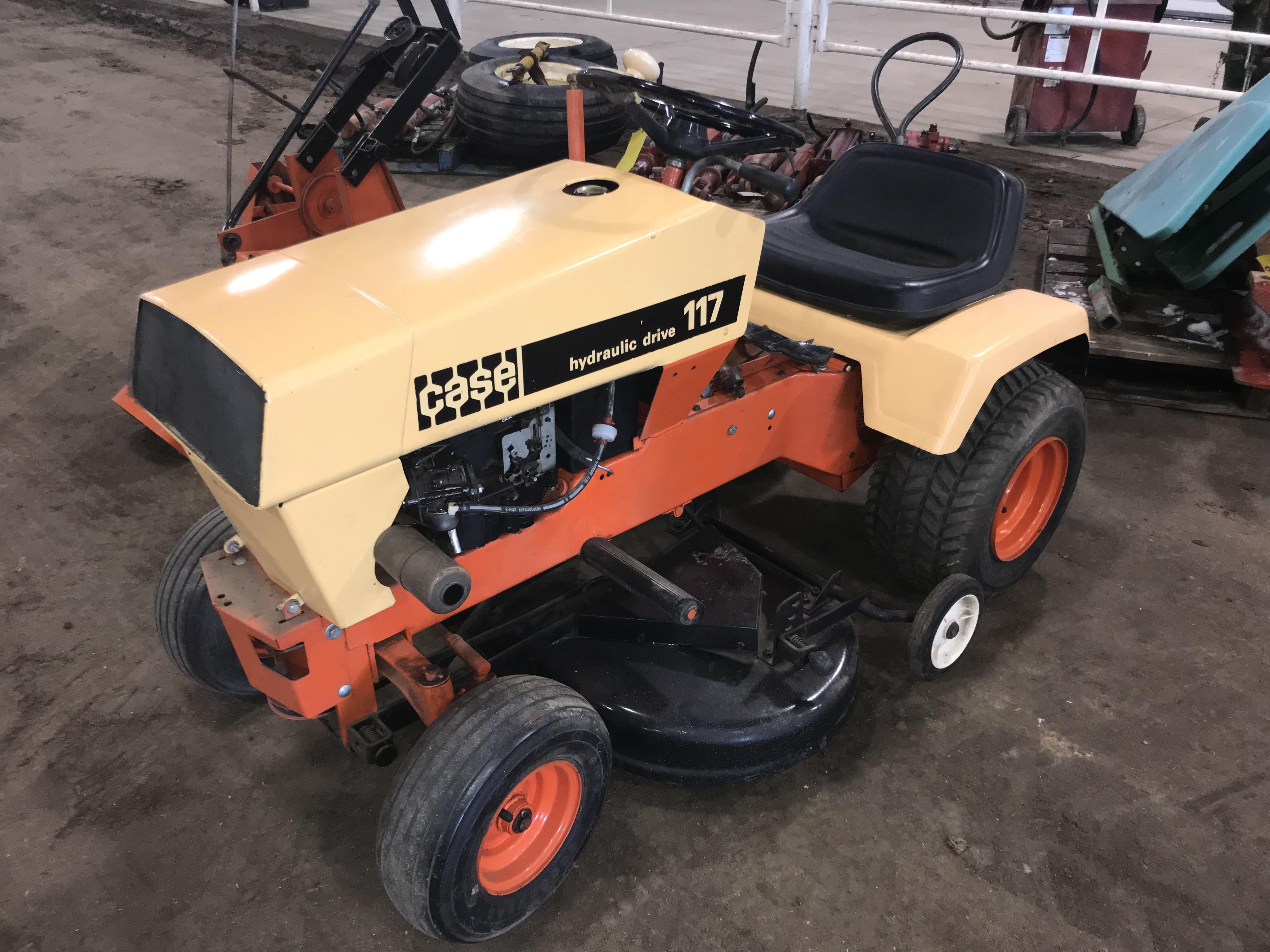 Lot 19 - Case #117 Hydro Mower w/Front Mount Snow Blower