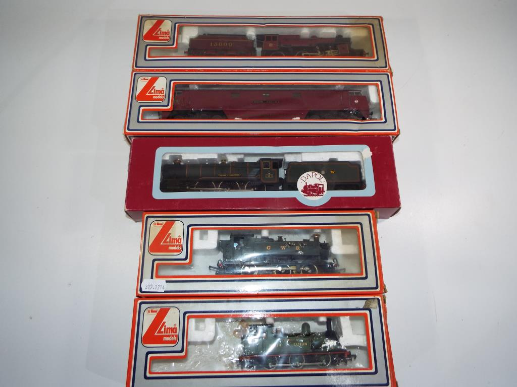 Lot 53 - Model Railways - five OO gauge locomotives in original boxes by Lima and Dapol comprising #205117,