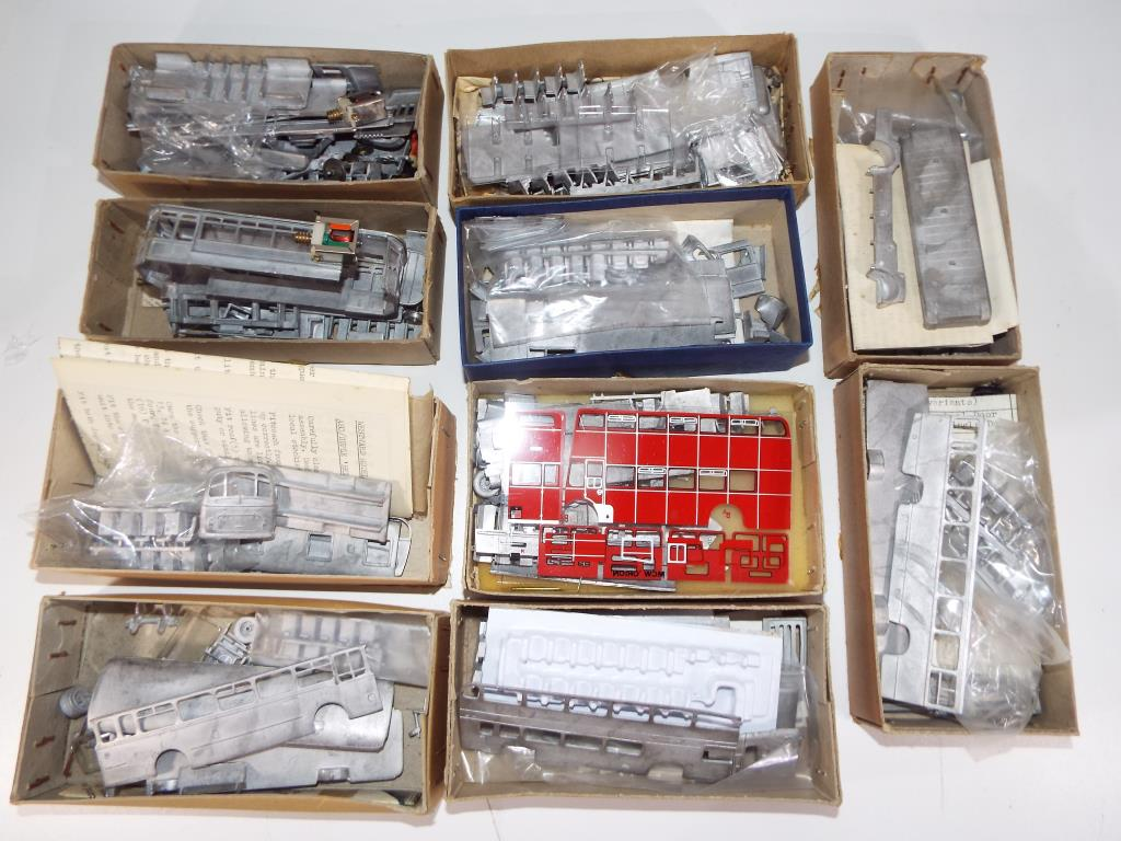 Lot 41 - Anbrico Pirate Models,