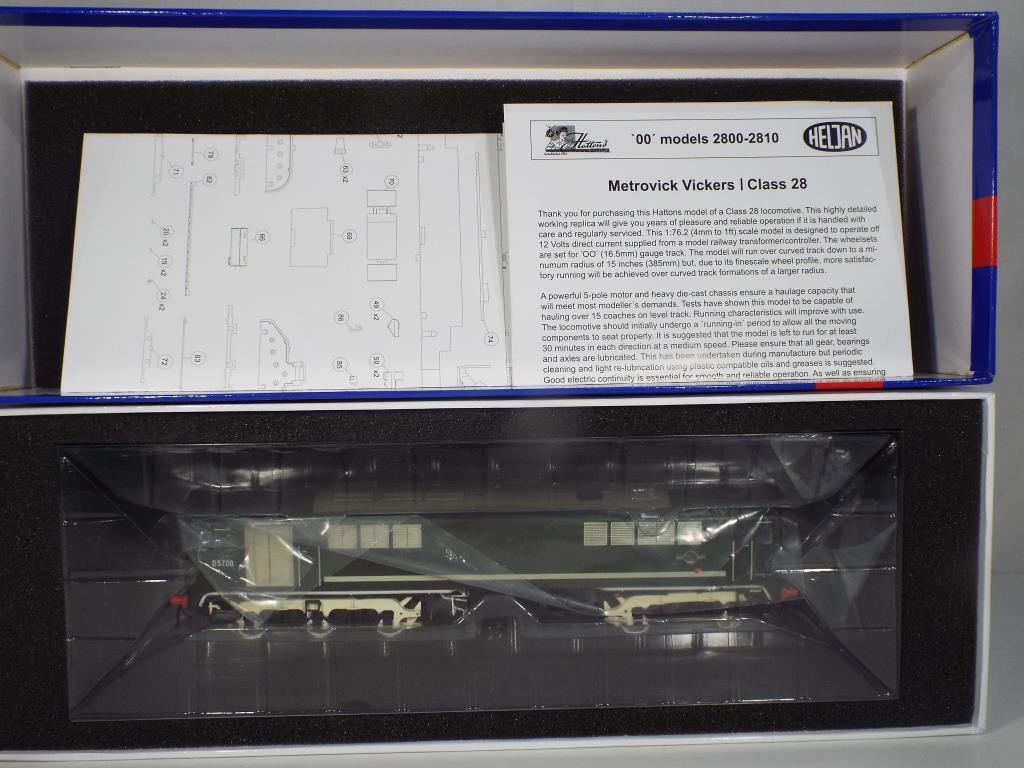 Lot 56 - Model Railways - a boxed OO gauge class 28 diesel locomotive by Heljan #D5700 in British Rail green