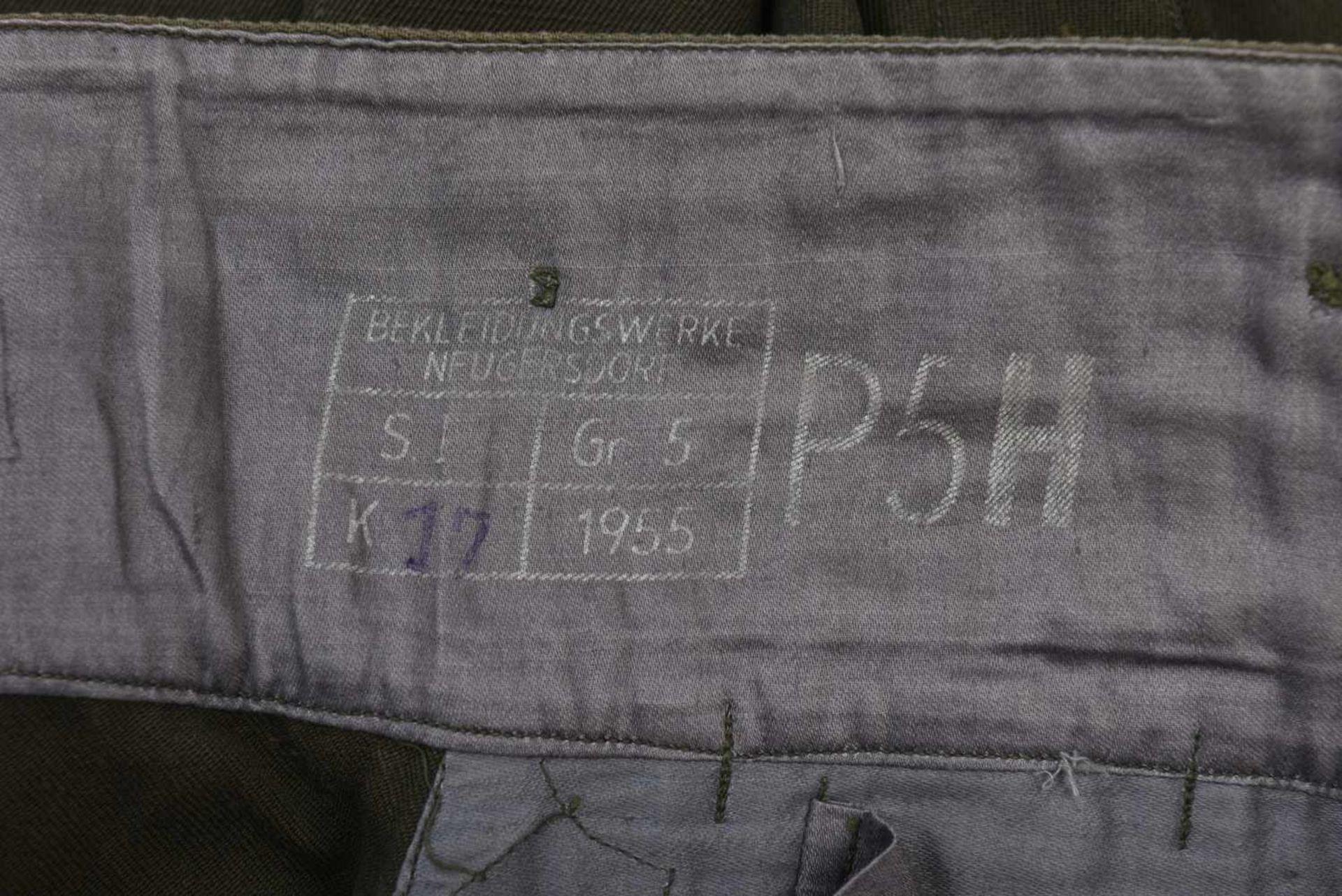 Ensemble NEUF comprenant Gymnasterka M.43 avec poches de poitrine,très belle et culotte. Les deux - Bild 3 aus 4
