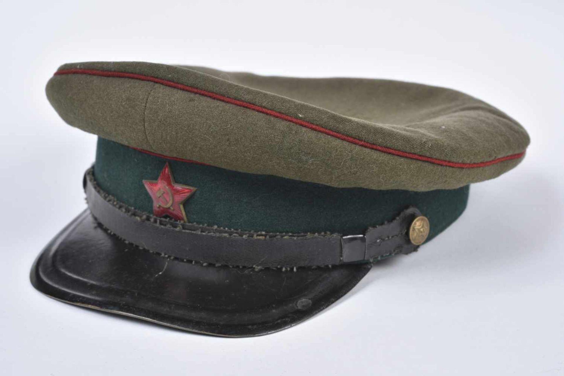 Casquette M.35 Service médical bandeau vert, passepoil rouge, taille 57/58, très belle, une des