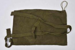 Sac à dos VESHMESHOK modèle avec boucles métalliques, fabrication Allemande, daté 1953. Cette