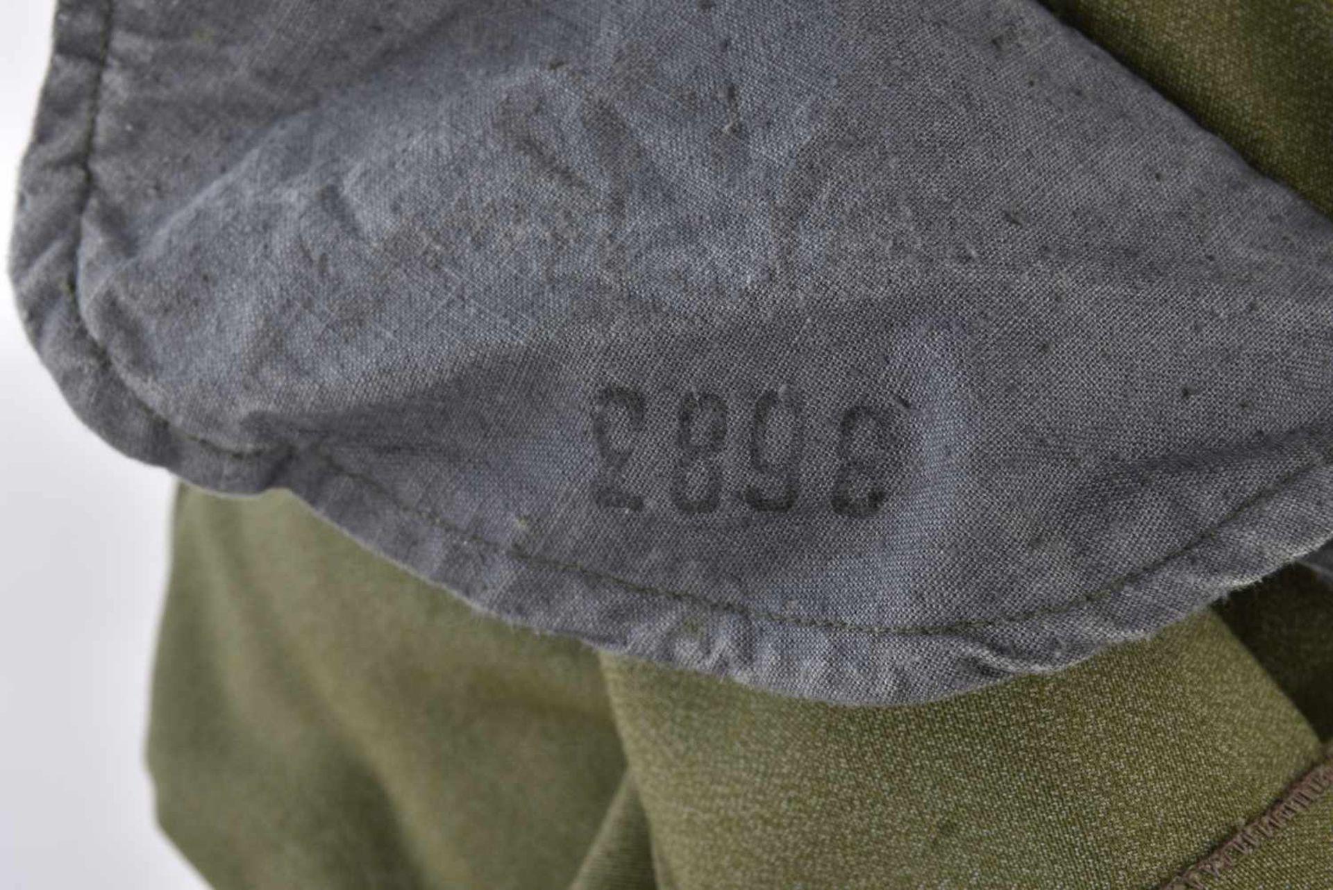 Gymnasterka M.22 pionniers en toile verte, avec ses pattes de col, parements de poitrine, insigne de - Bild 2 aus 4