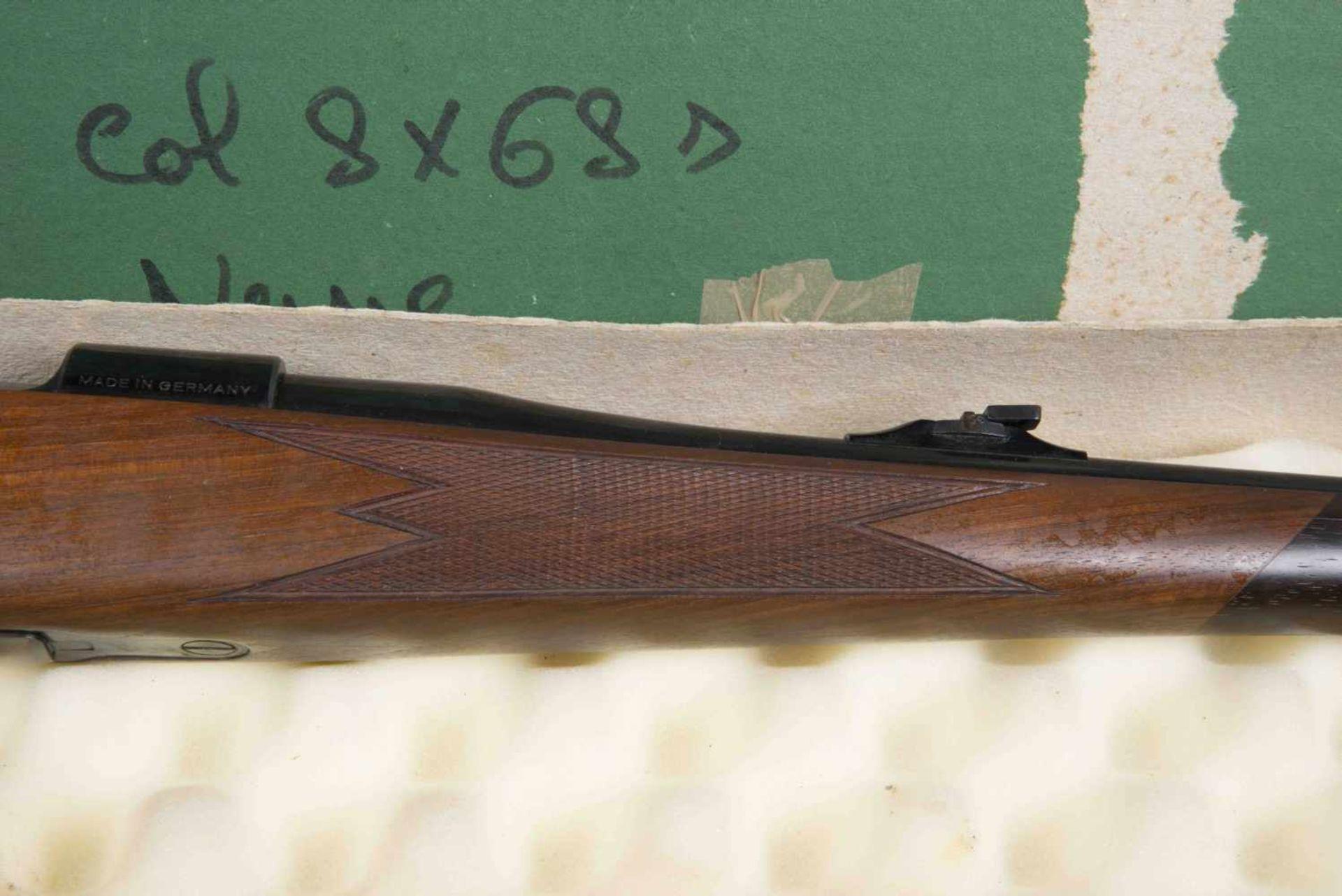 Carabine Heym Catégorie C Calibre 8 x 68 s. Modèle SR 20G. Numéro 92589. Carton au modèle de l'arme. - Bild 3 aus 3