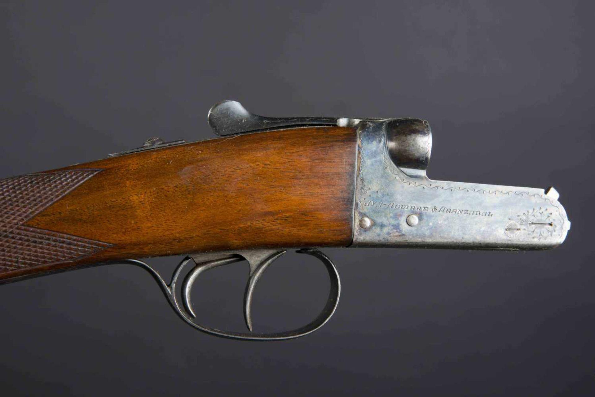 Fusil Aya Aguirre & Aranzabel Catégorie C Crosse vernie, nombreux poinçons, calibre 12/76, numéro - Bild 2 aus 3