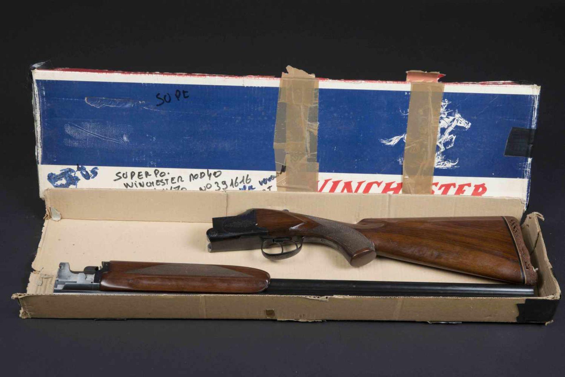 Fusil superposé Winchester Mod 40, catégorie C Calibre 12/70, numéro 391616. Certificat du Banc d'