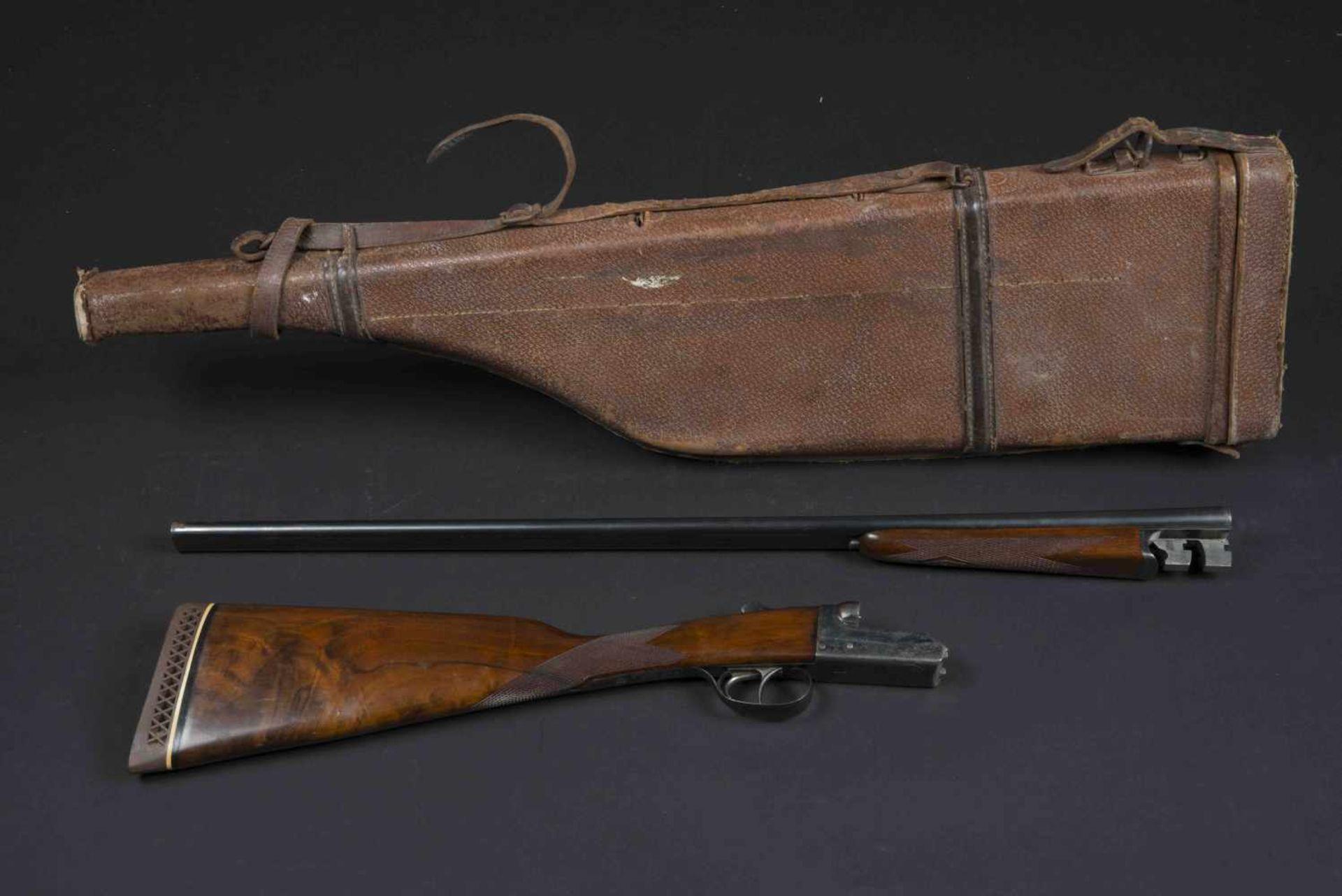 Fusil Aya Aguirre & Aranzabel Catégorie C Crosse vernie, nombreux poinçons, calibre 12/76, numéro