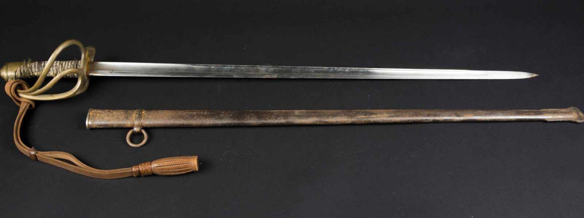 Sabre de cavalerie légère troupe modèle 1882 transformé 1883 lame droite, filigrane de la monture en