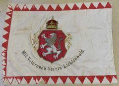 Drapeau de l'association des vétérans militaires de Lichtenwald en Basse Styrie Biface. Recto en