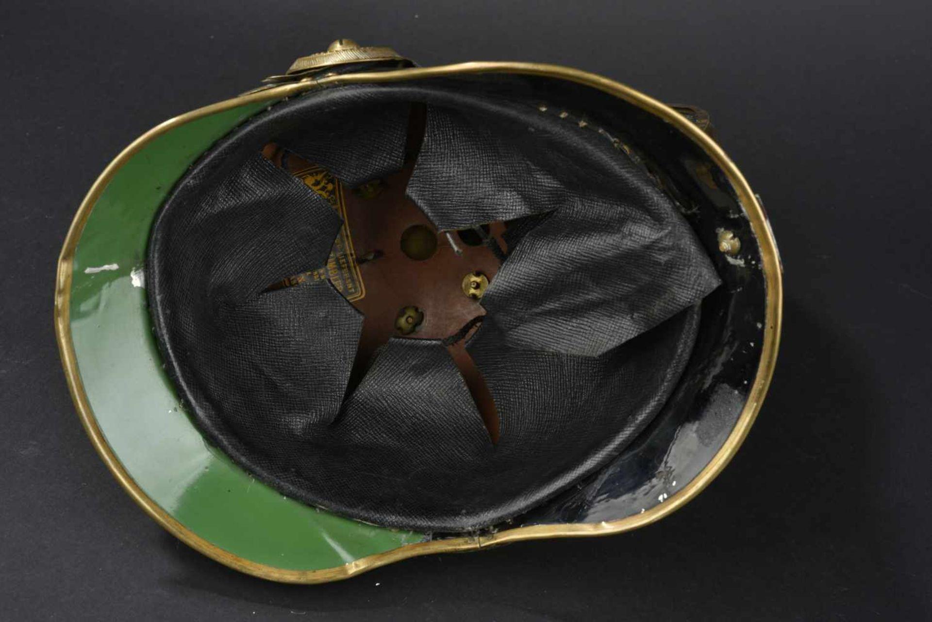 Los 27 - EMPIRE AUSTRO HONGROIS Casque modèle 1850 de sous officier de Dragon Une partie de la laque du