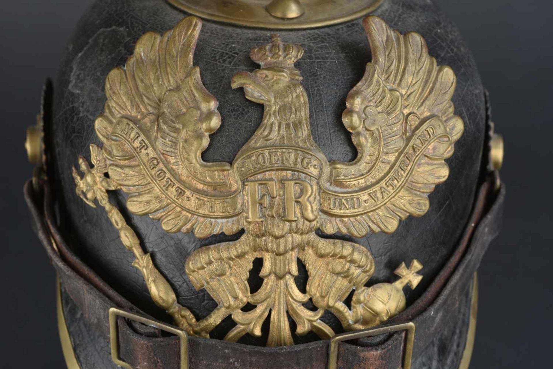 Los 39 - Ensemble d'équipement allemand de la première guerre mondiale Comprenant une gourde en métal émaillé