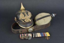 Ensemble d'équipement allemand de la première guerre mondiale Comprenant une gourde en métal émaillé