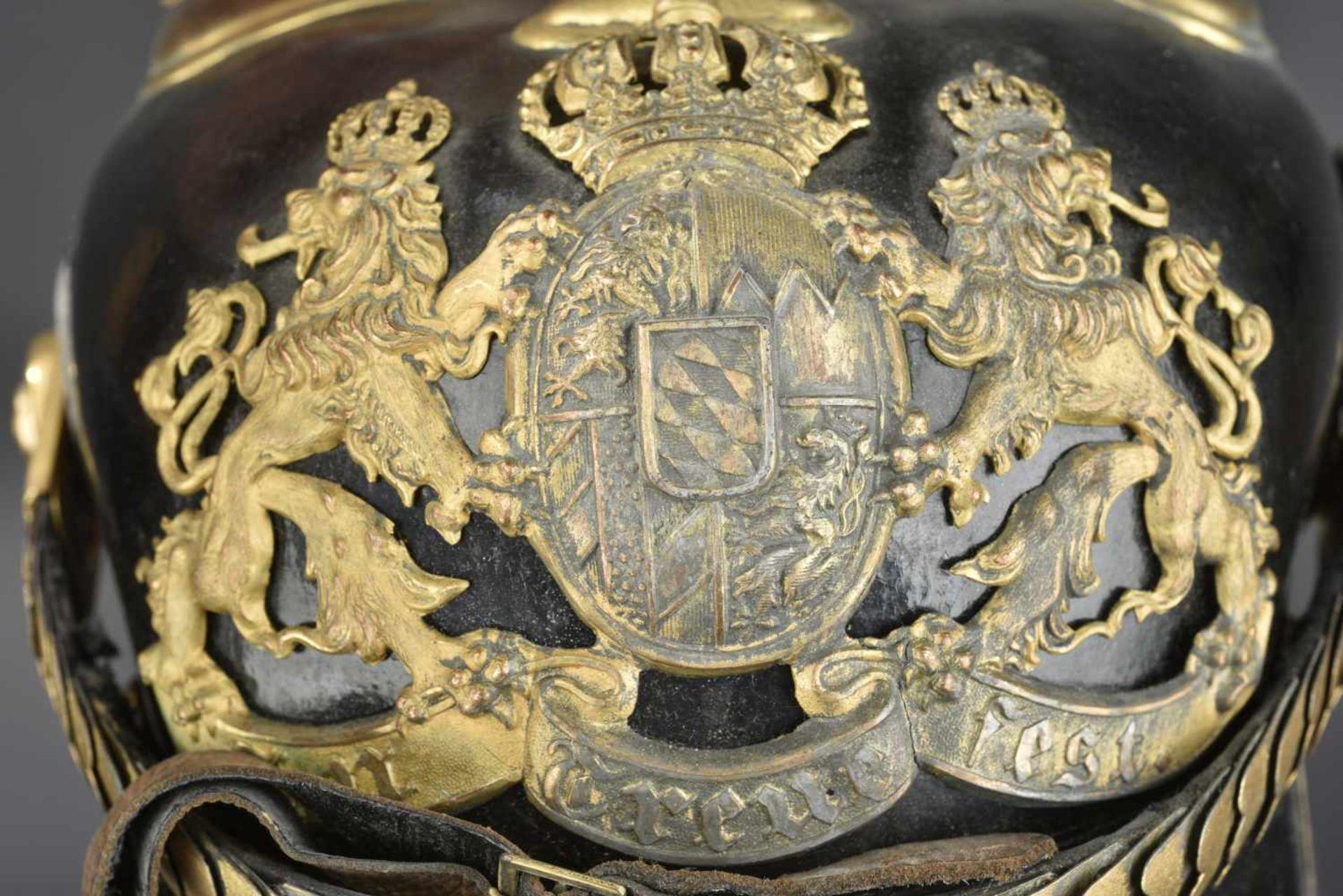 BAVIÈRE Casque d'Officier des régiments de chevaux léger Bavarois modèle 1915 En métal de guerre - Bild 4 aus 4