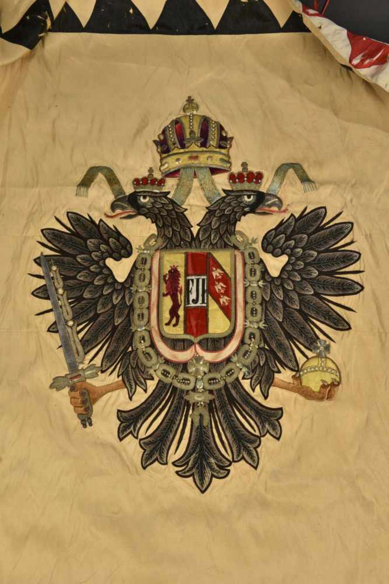 Drapeau de l'association des vétérans militaires de Lichtenwald en Basse Styrie Biface. Recto en - Bild 2 aus 4