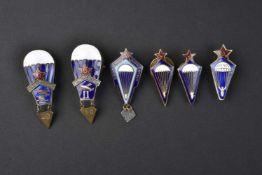 Lot de 6 insignes de Parachutistes comprenant 2 modèles pour l'Ossoviakhim, 1 insigne type 1936/