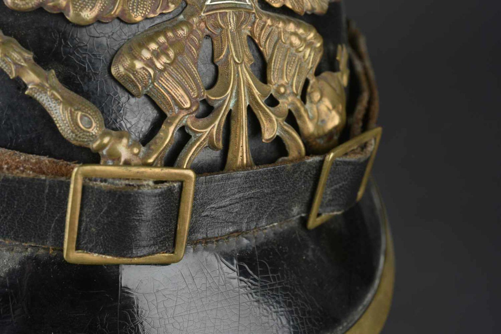 PRUSSE Casque à pointe modèle 1895 de réserviste de l'infanterie Prussienne Bombe en cuir en bon - Bild 2 aus 4