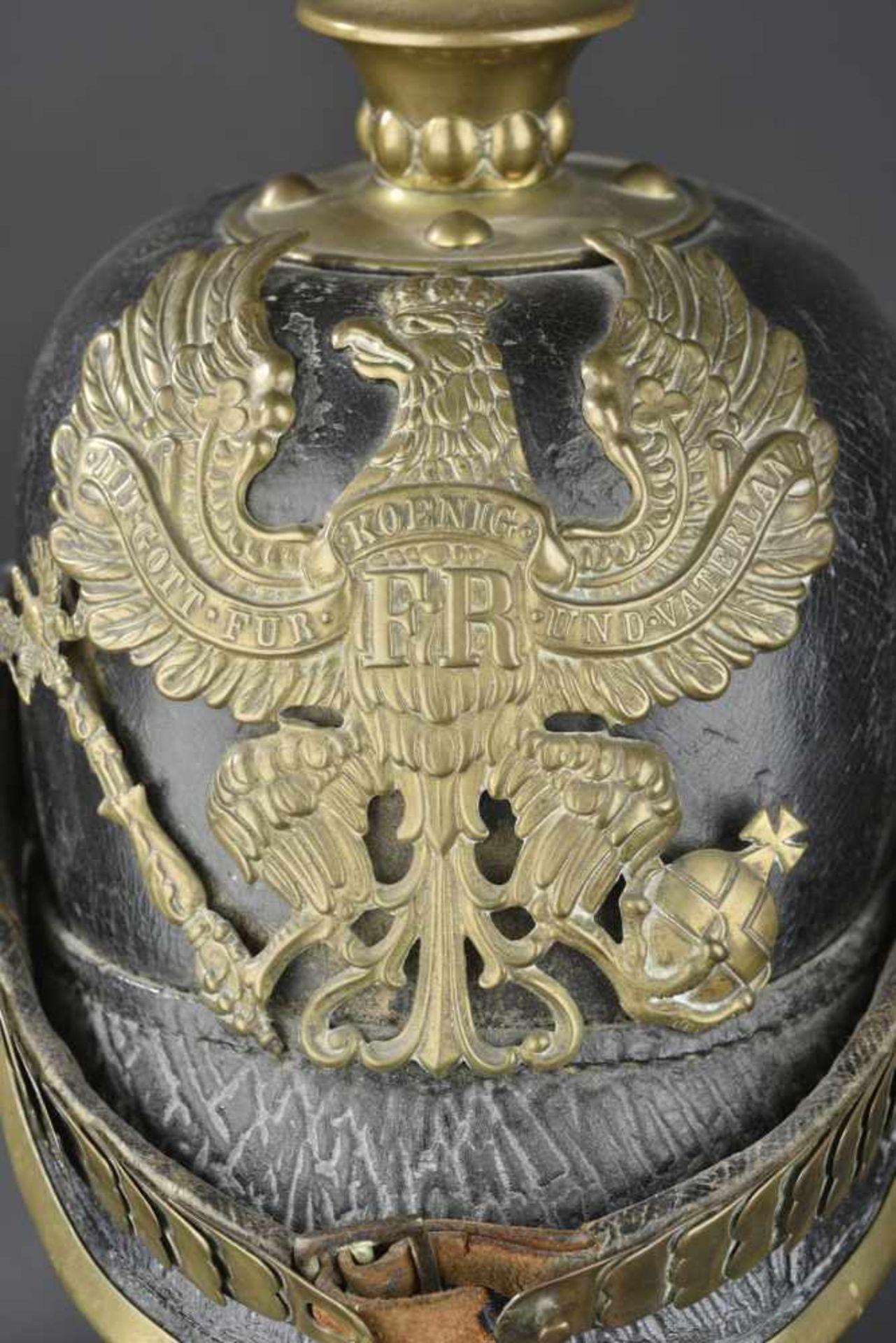 PRUSSE Casque à pointe de troupe de l'infanterie Prussienne, modèle 1867/71 Ce type de casque a - Bild 3 aus 4