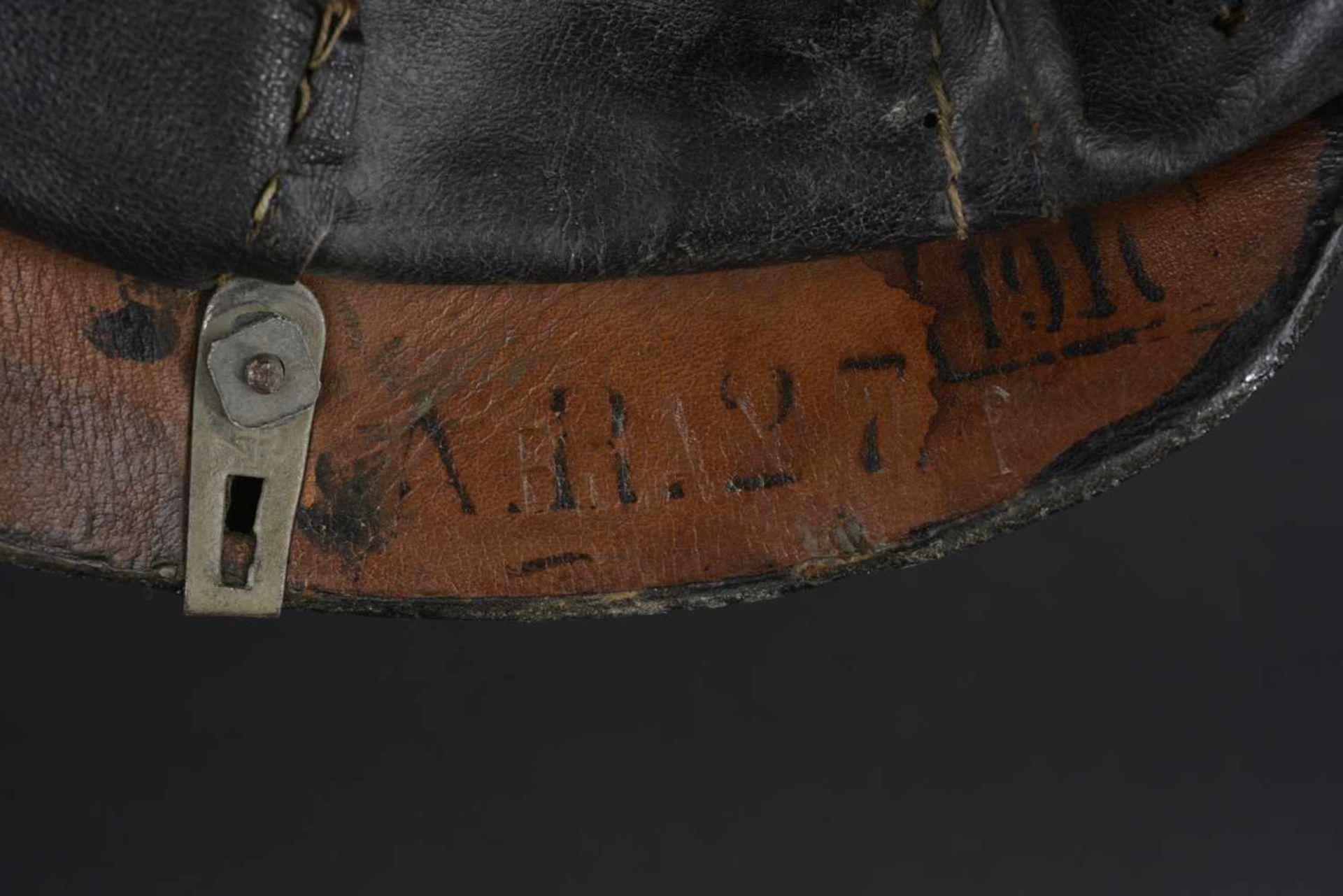 PRUSSE Casque à pointe de troupe modèle 1915 de l'infanterie Prussienne Bombe en cuir, garnitures en - Bild 3 aus 4