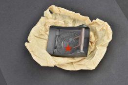 Boucle de ceinturon de la Kriegsmarine dans son emballage d'origine Boucle de ceinturon en métal,