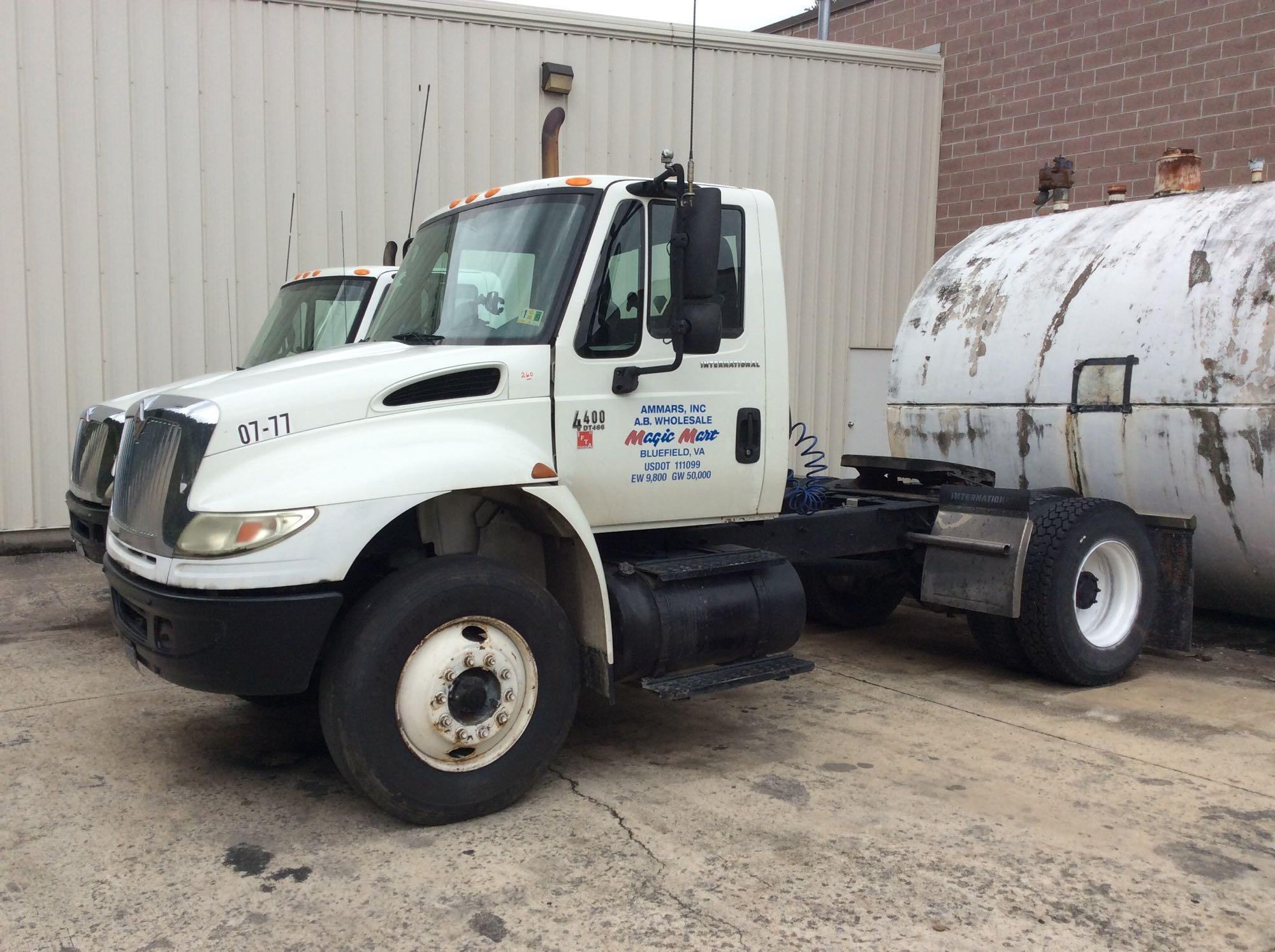 Tractors, Trailers, Box Trucks, Warehouse & Garage Equipment