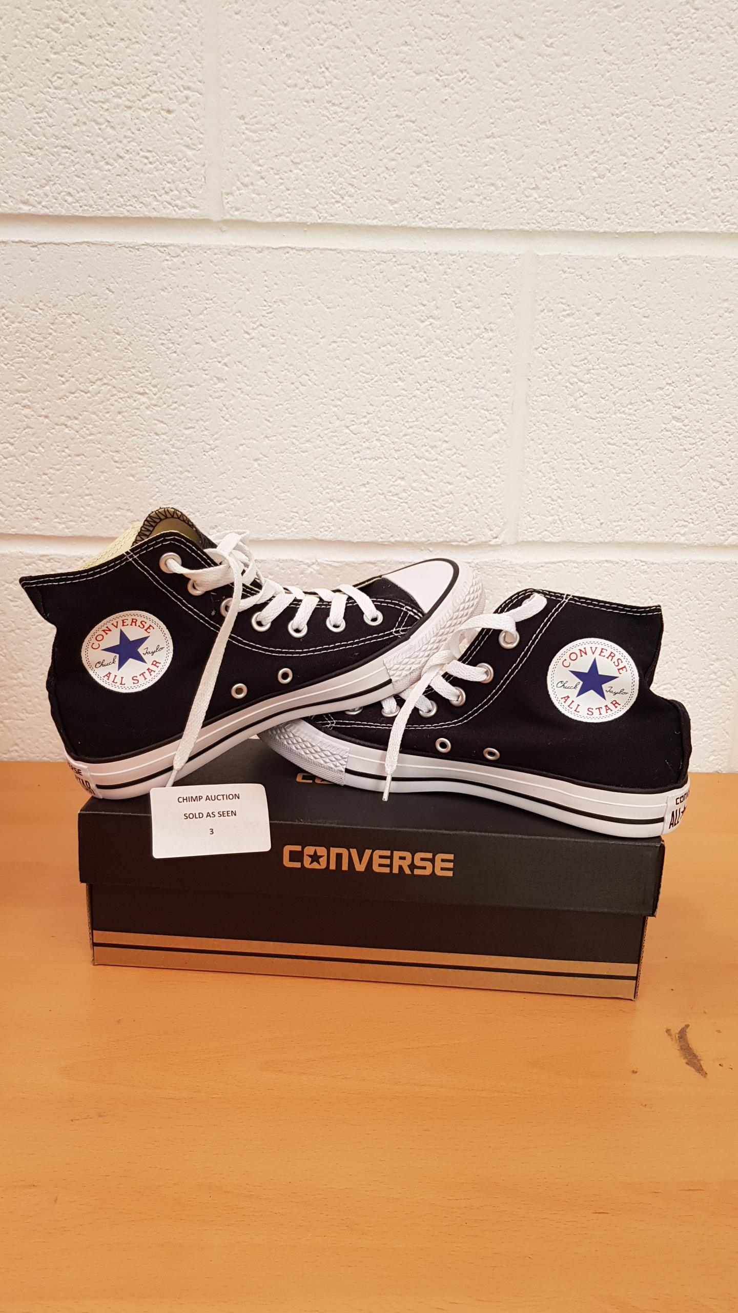 Lot 3 - Converse Unisex-Adult Chuck Taylor All Star Season Ox Trainers UK SIZE 5