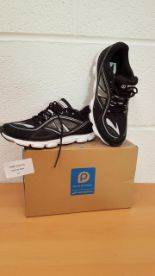 Lot 41 - Brooks Kids Pure Flow 3 trainers UK SIZE 2.5