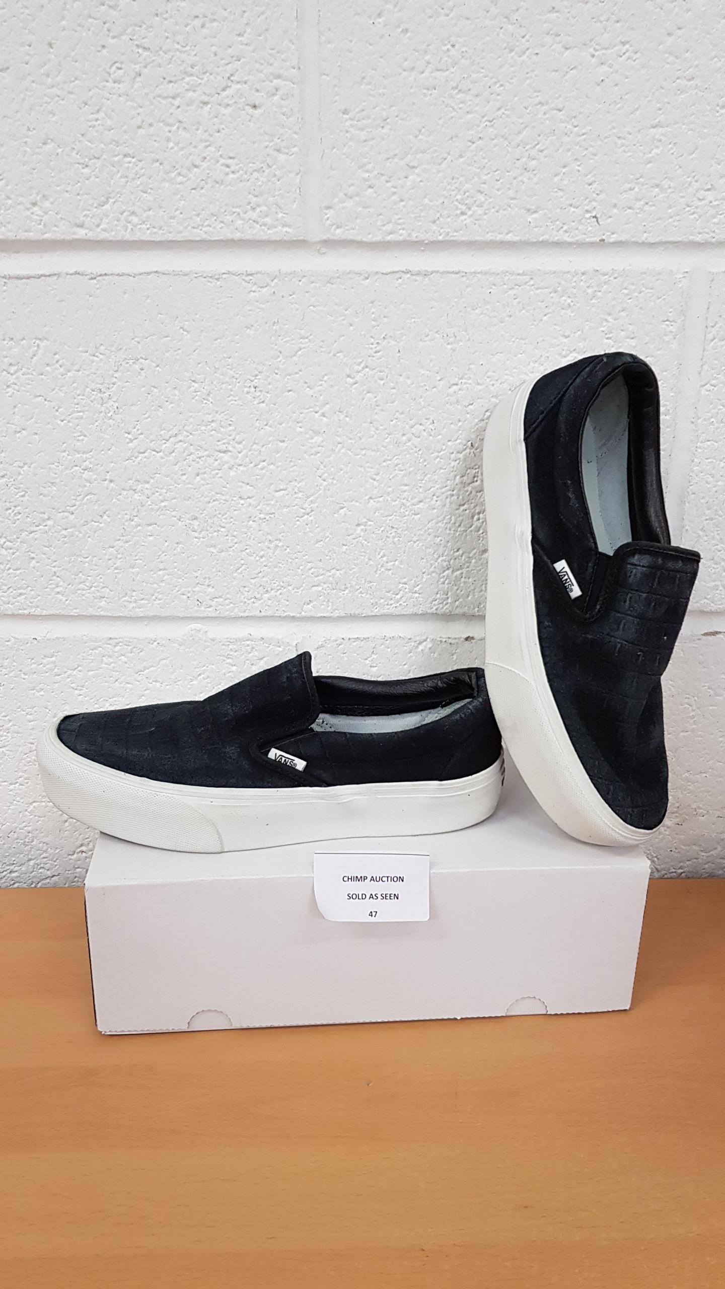 Lot 47 - Vans ladies shoes UK 7