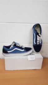 Lot 4 - Vans Men's shoes UK 10.5