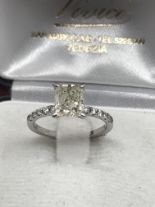 Lot 20 - 1.66ct CUSHION CUT DIAMOND SOLITAIRE RING ***NO RESERVE***