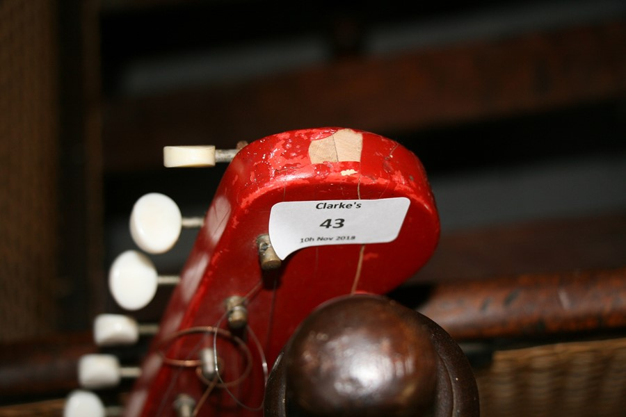 Lot 43 - A 1960's Watkins Rapier electric guitar.