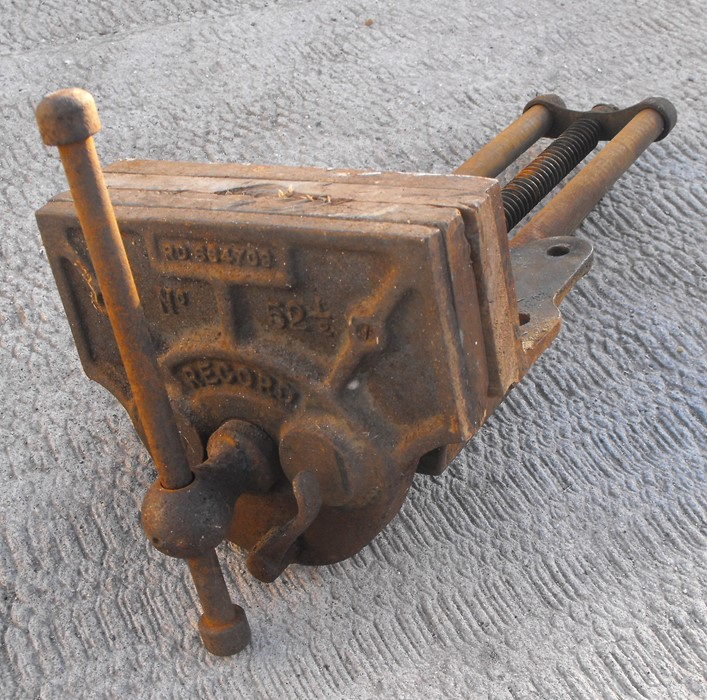 Lot 2 - A large Record woodworking vice.