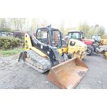 """CHARGEUR COMPACT SUR CHENILLE JCB 1110THF SERIES 2, S/N: 23917, A/ QUICK ATTACH & """"WET-LINES"""","""