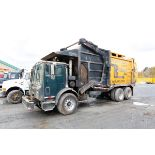 CAMION A REBUS A CHARGEMENT FRONTAL MACK 600, BENNE EASY-PAK, 1M2K195C7TM008599 (1996)