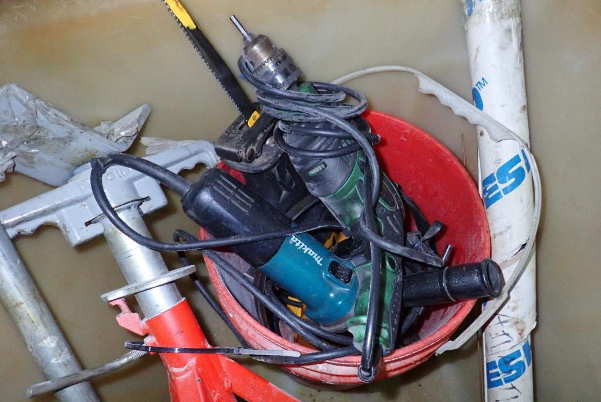 Poly tub with tools, reciprocating saw, drill, angle grinder, Rigid pipe stand, manual conduit bende - Image 3 of 4