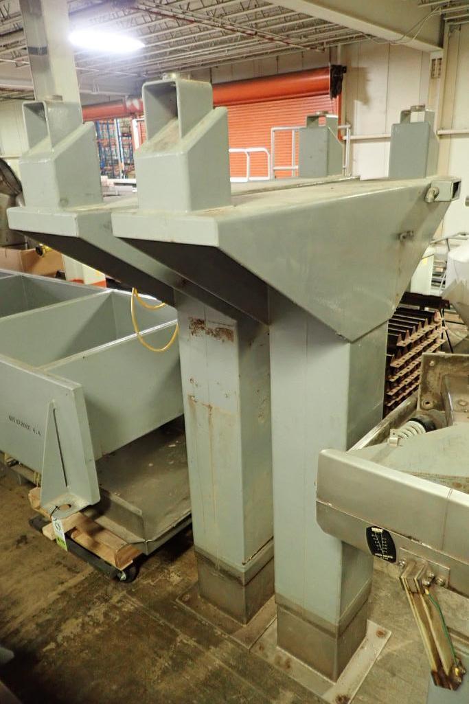 Lotto 13 - Key iso-flo vibrator conveyor {Located in Indianapolis, IN}