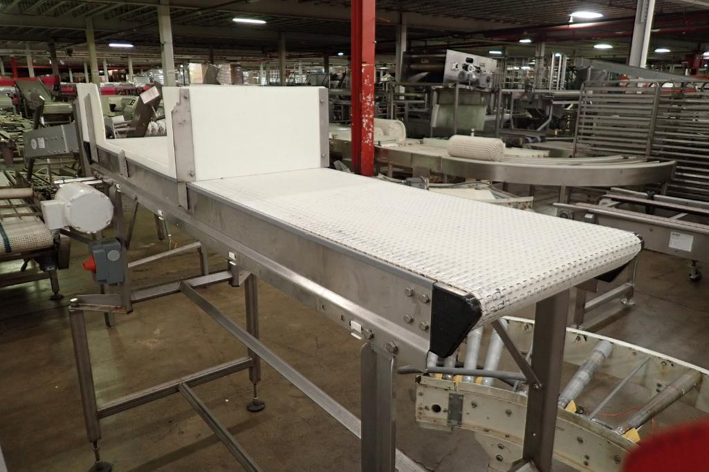 Lot 25 - Dorner belt conveyor {Located in Indianapolis, IN}