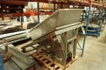 Lotto 122 - Poly feed hopper {Located in Indianapolis, IN}