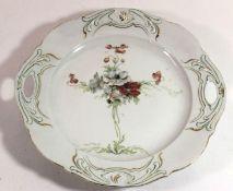 Jugendstil-Anbietteller, reliefierter Rand, florales Dekor, D-27,5cm, berieben.