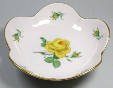 """kl. Schale""""Meissen"""" gelbe Rose, Schwertermarke, 14x14 cm"""