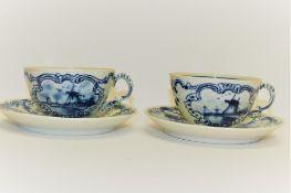 Zwei alte Delft Tassen +U.t, ein Abplatzer am Rand