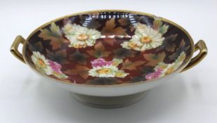 Fussschale, C.T. ALtwasser, um 1910, florales Dekor, 1x am Rand bestossen, H-6cm D-20cm.