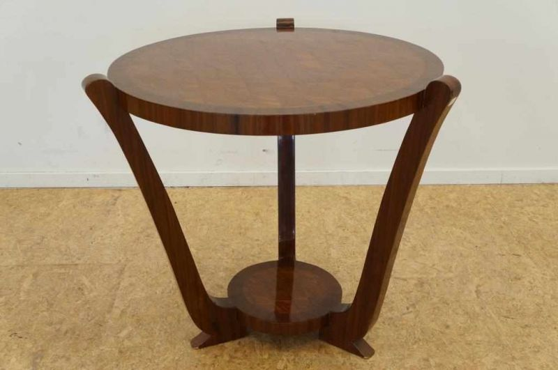 Art Deco Stijl : Partly walnut art deco style round coffee table h diam cm