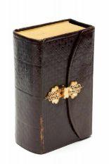 Lot 11 - Bruin lederen bijbelmet 14krt. gouden slot, Mt. WP, Wijsman & van der Pauvort te Amsterdam, 1856-