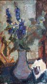 Böttcher, ManfredÖl auf Hartfaserplatte, 80 x 45 cmStilleben mit Rittersporn (1990)Auf der Rückseite