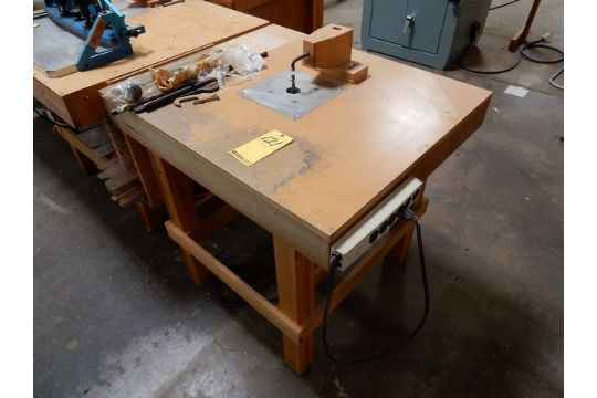 Custom built inverted router table wporter cable 75192 router air custom built inverted router table wporter cable 75192 router air clamp fixture guide greentooth Choice Image