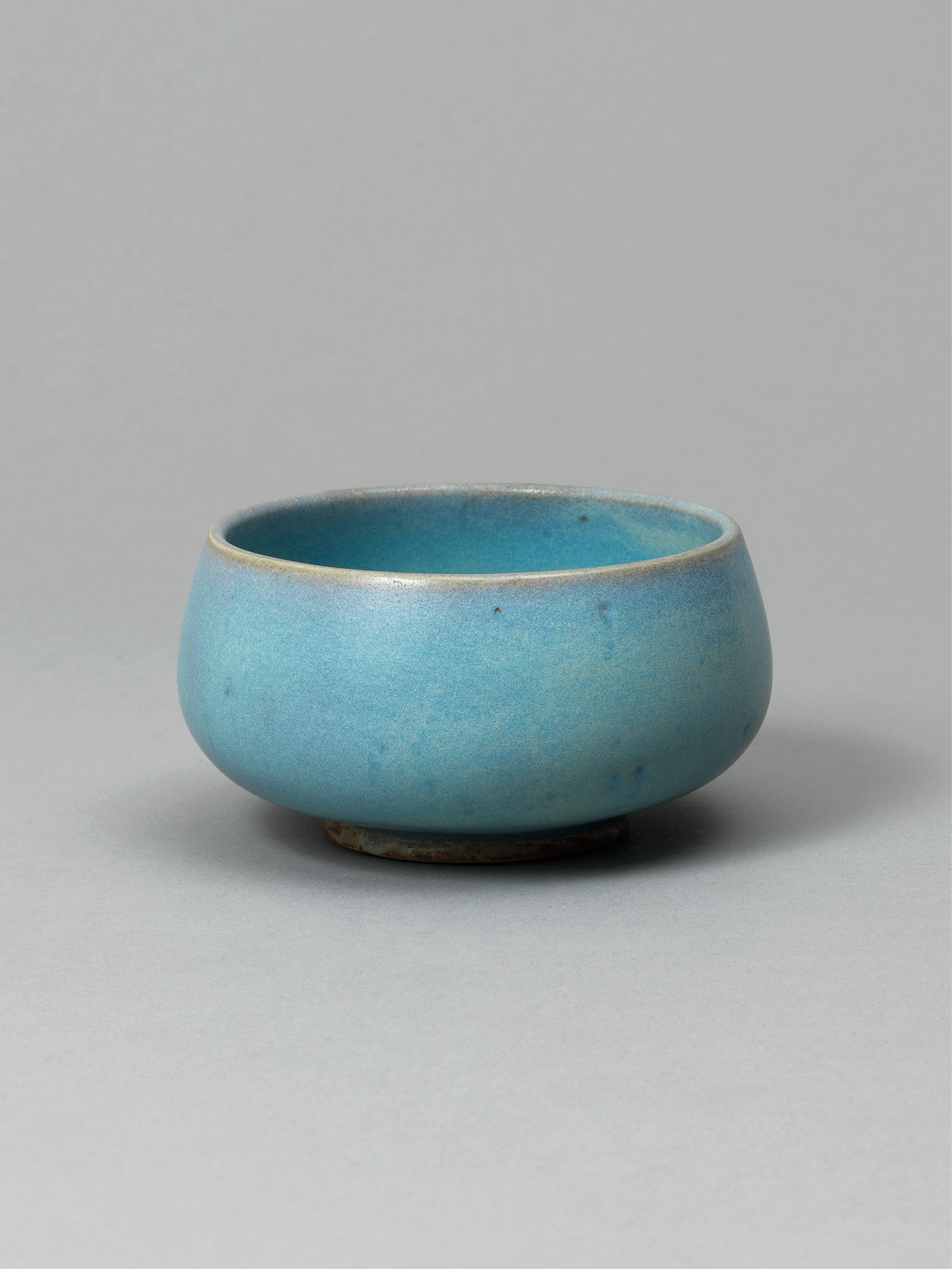Lot 44 - A Song Dynasty jun glaze tea bowl northern Song Dynasty (960 - 1127)