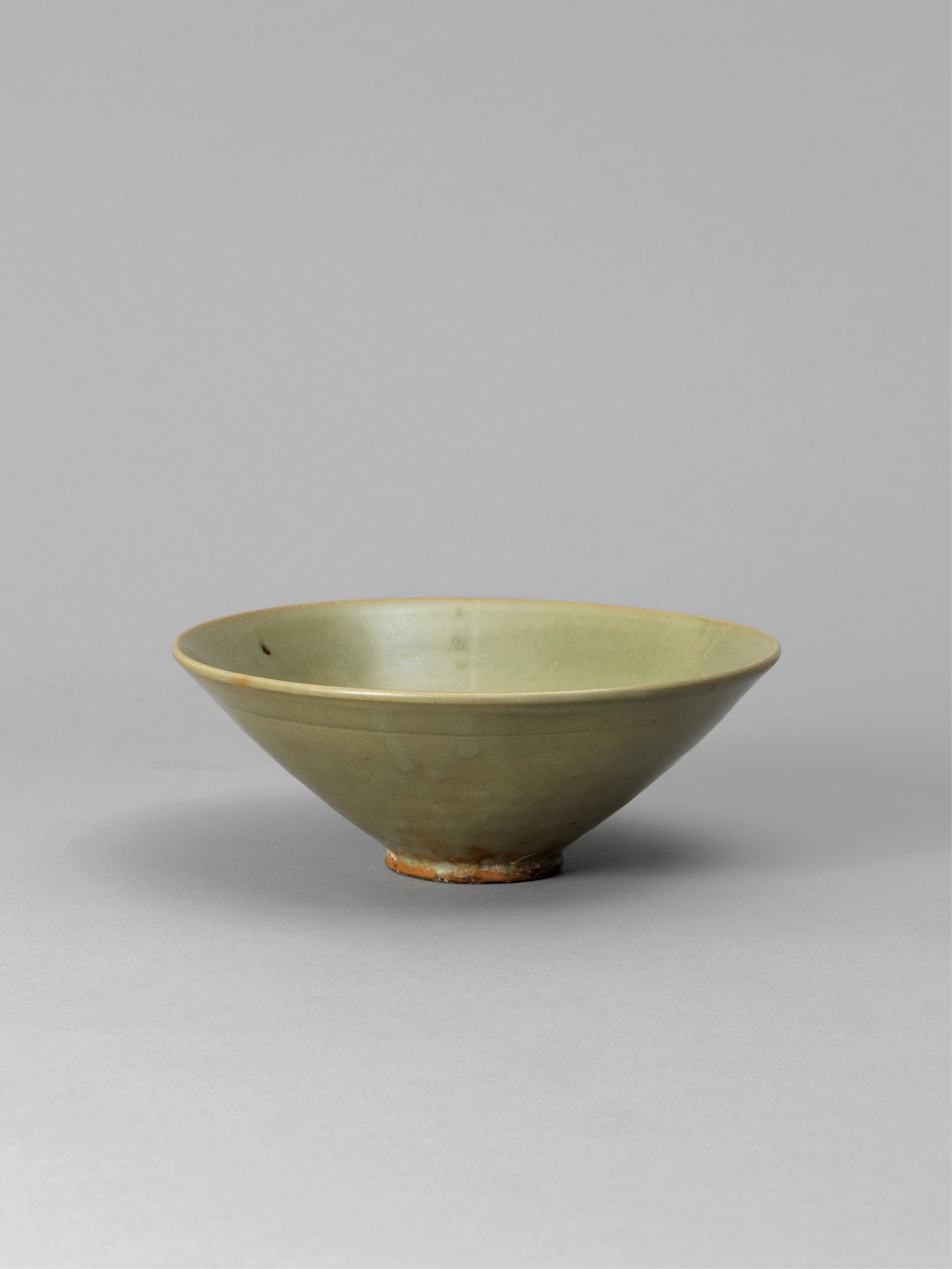 Lot 43 - A 'Yaozhou' celadon-glazed bowl Song Dynasty