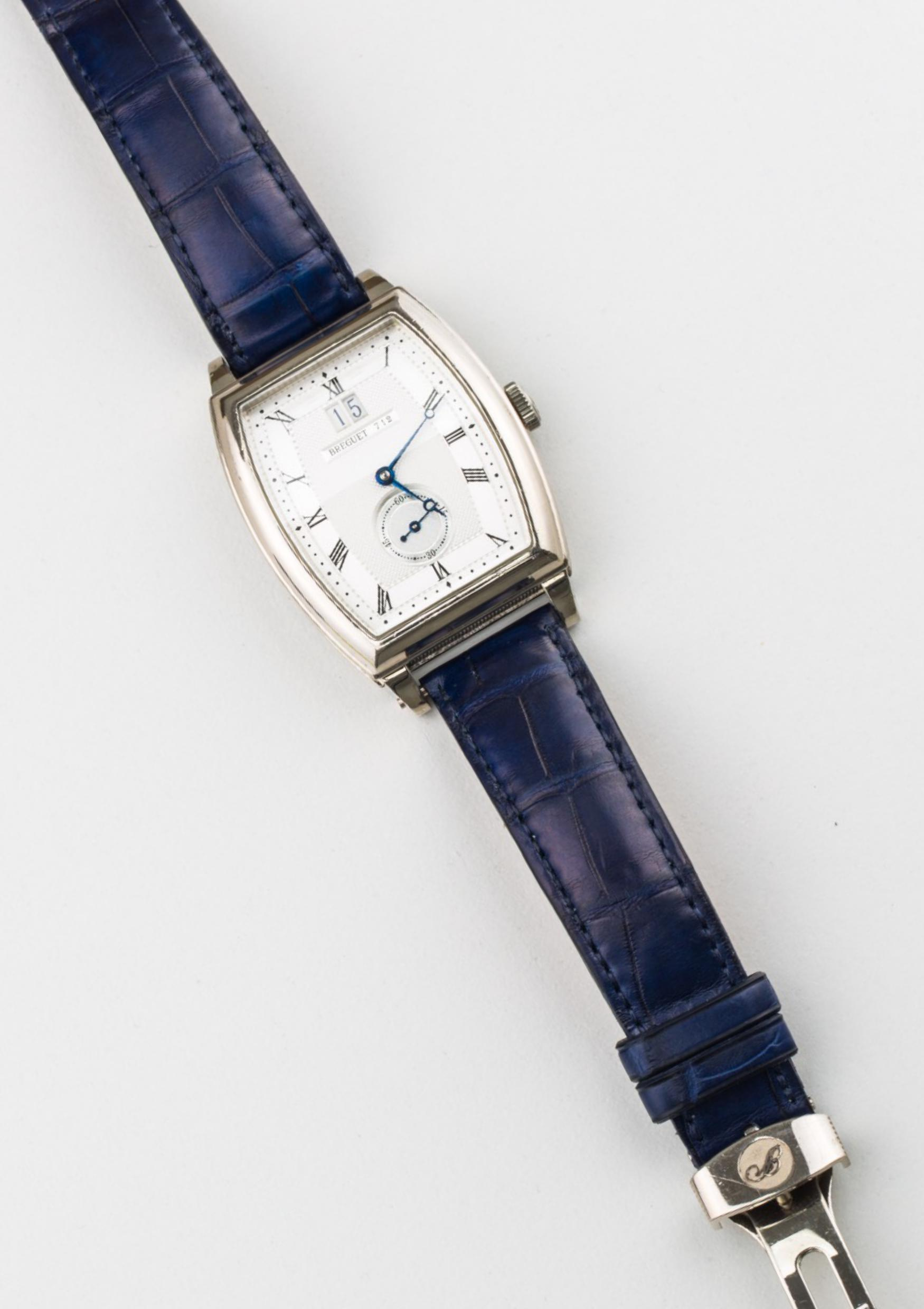 Lot 26 - Heritage Big Date, 18K white gold case